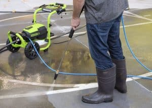 The Greenworks GPW3000 in use