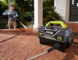 The Ryobi RY141820 in use